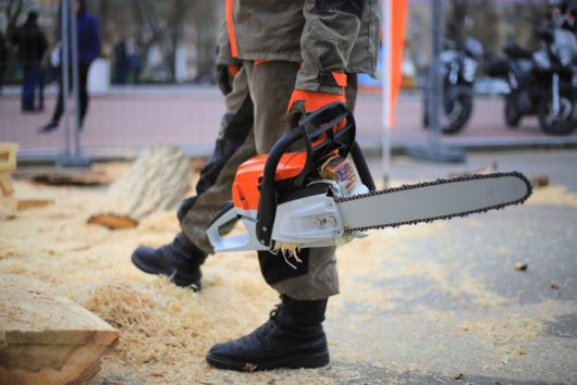 Best Husqvarna Chainsaw Reviews 2020 | Top 8 Reviewed