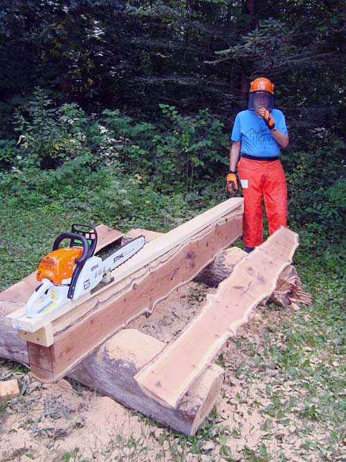 Chainsaw mill uses